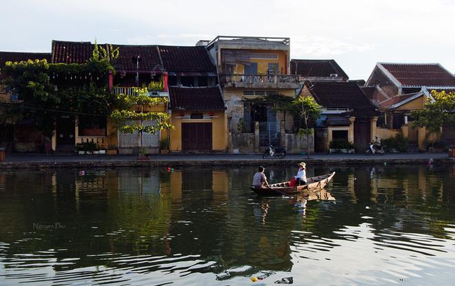 Phố cổ Hội An được công nhận là một trong những điểm du lịch lãng mạn về đêm