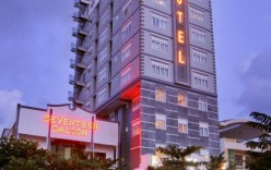71944_hotelimage_seventeen_saloon_hotel_13964887302