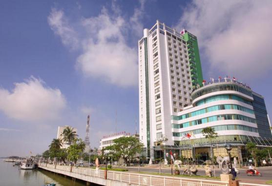 Khách Sạn Green Plaza